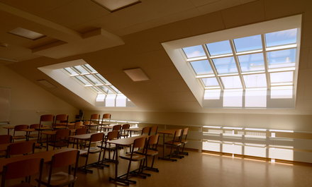 Střešní učebny s ateliérovými okny